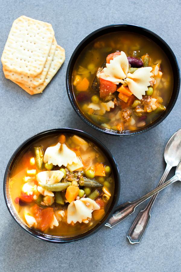 Jednostavna minestrone supa, talijanski klasik