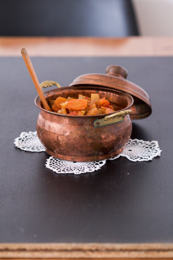 Đuveč ili (kako ga mi na BLB zovemo) balkanski ratatuj, je bogato, vegetarijansko jelo.