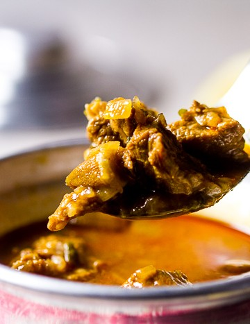 okra recipes, okra health benefits, okra stew, okra soup, okra stew benefits, bamija, bamia | balkanlunchbox.com