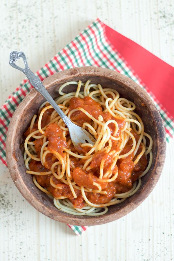 Salsa Preparation Dalmatian Tomato Sauce main02