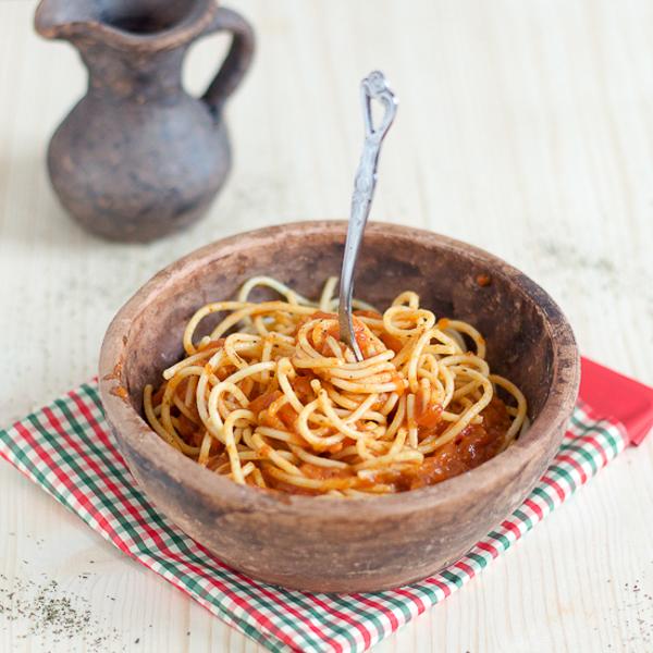 20160215-Salsa Preparation Dalmatian Tomato Sauce main01