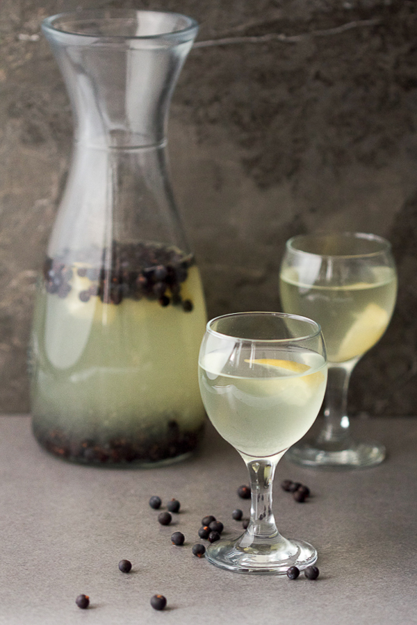 juniper berry juice smreka