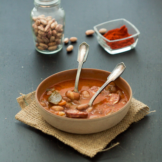 bean stew with kielbasa grah sa kobasicom main01