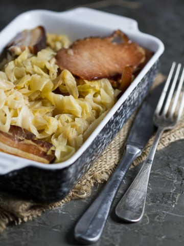 Baked Sauerkraut for all our foodies who are specific in their tastes. If you're wondering what to do with your fermenting leftovers, this is it!