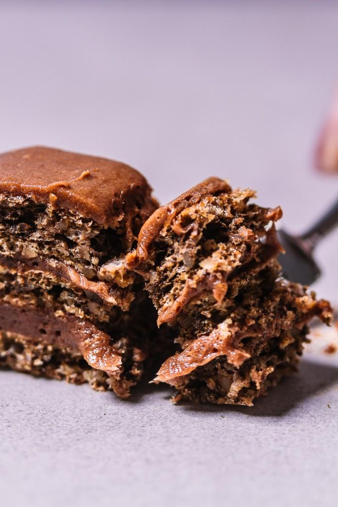chocolate hazelnut cake, chocolate cake, hazelnut cake balkanlunchbox.com