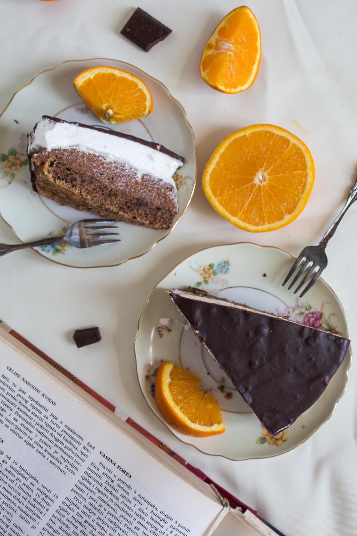 Vaso's cake, vaso's torte or Vasina torta is the BEST traditional Serbian cake beloved throughout Balkans. How to make Vaso's cake. Homemade.